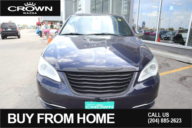 Pre-Owned 2011 Chrysler 200 Limited **Super Low KM**