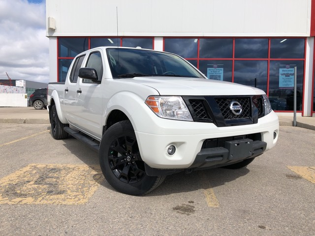New 2018 Nissan Frontier Midnight Edition