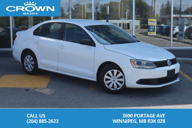 Pre-Owned 2013 Volkswagen Jetta Sedan Trendline+ **Automatic/Low Payments**