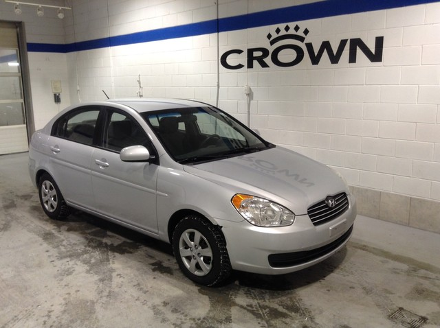 Pre-Owned 2010 Hyundai Accent 4dr Sdn Auto GL LOW KMS! FRESHLY RECONDITIONED