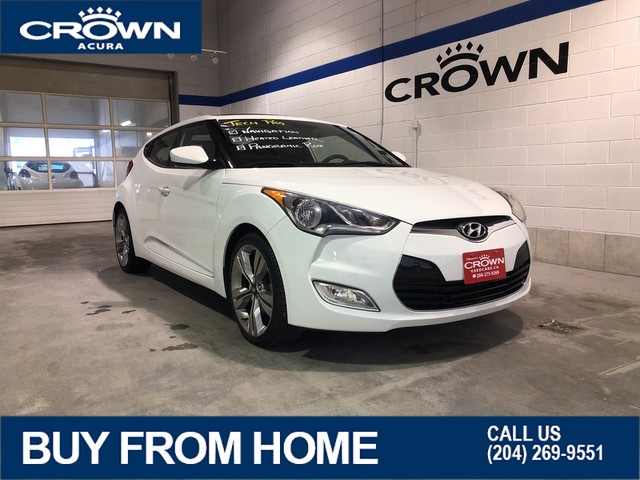 Pre-Owned 2013 Hyundai Veloster Tech ** Navigation** Panoramic Sunroof**